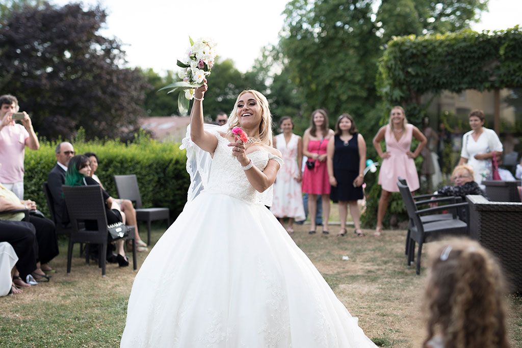 lancé de bouquet mariage